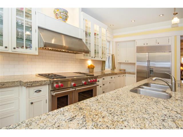 kitchen- HAMILTON & GRIMSBY HOME RENOVATIONS